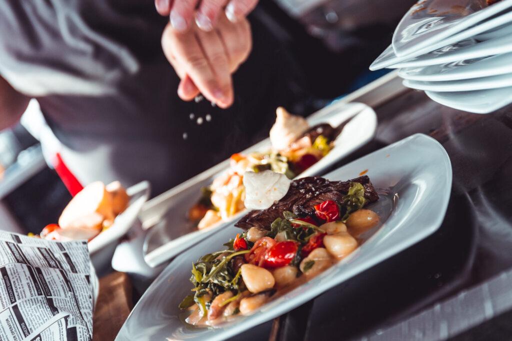 Gutes Catering bei Events ist für die gute Laune der Besucher wichtig
